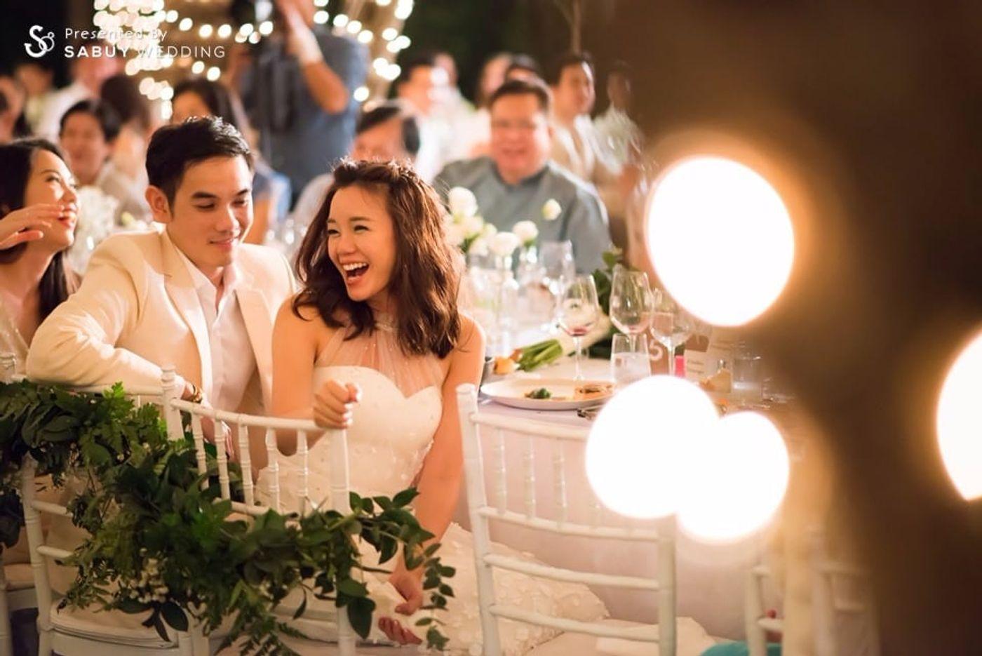 บ่าวสาว,ชุดบ่าวสาว,รูปงานแต่ง,long-table รีวิวงานแต่งอิ่มใจไปกับงานหมั้นล้านนา ปิดท้าย Sit-down dinner ประดับไฟแสนสวยในสวนหลังบ้าน