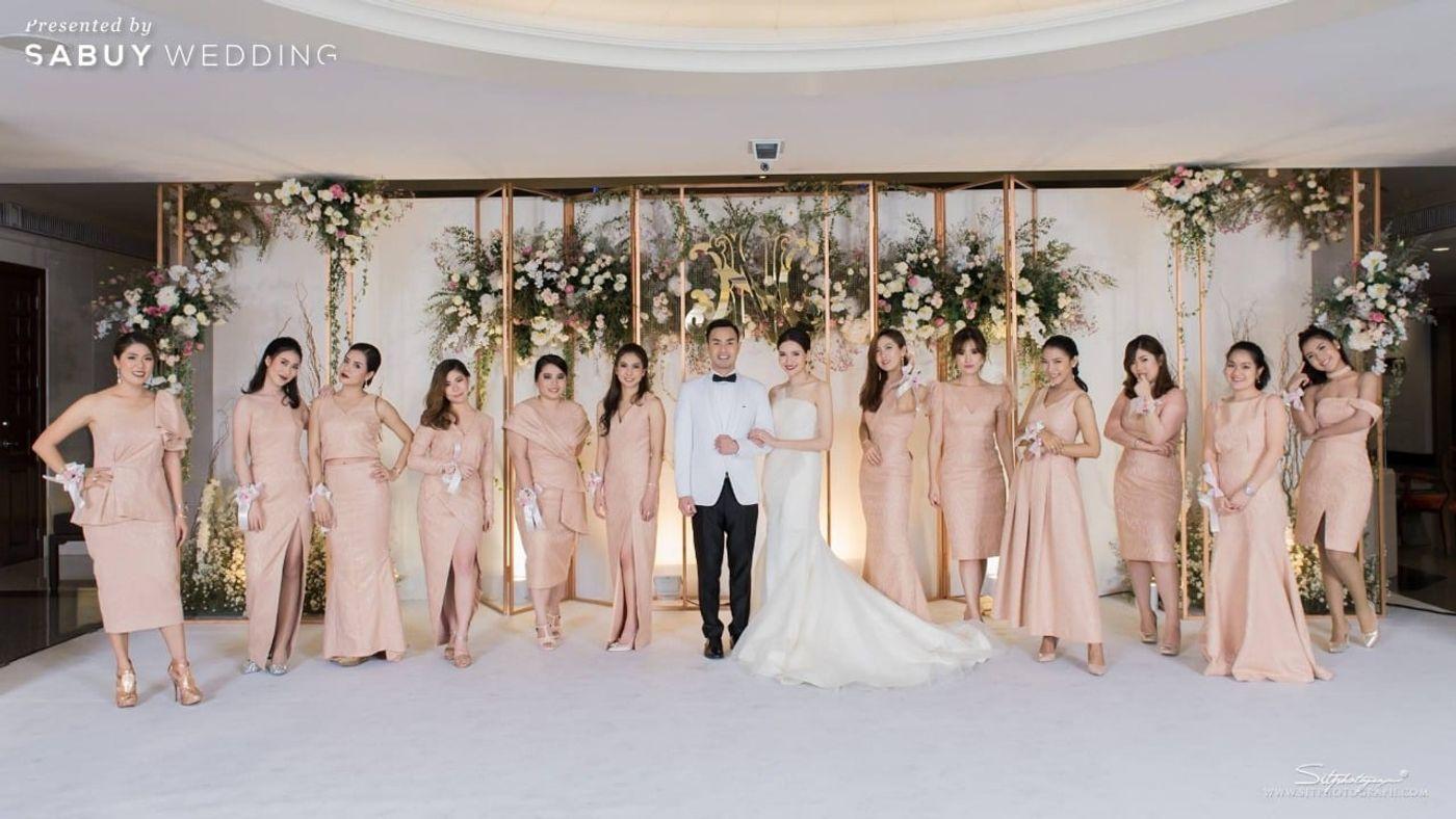 บ่าวสาว,ชุดบ่าวสาว,ชุดเจ้าบ่าว,ชุดเจ้าสาว,เพื่อนเจ้าสาว,ชุดเพื่อนเจ้าสาว,backdrop งานแต่ง,จัดดอกไม้งานแต่ง,ตกแต่งงานแต่ง,ธีมงานแต่ง รีวิวงานแต่งแห่งปีของอยุธยา หรูหราด้วยโทนสี Rose Gold @Krungsri River Hotel