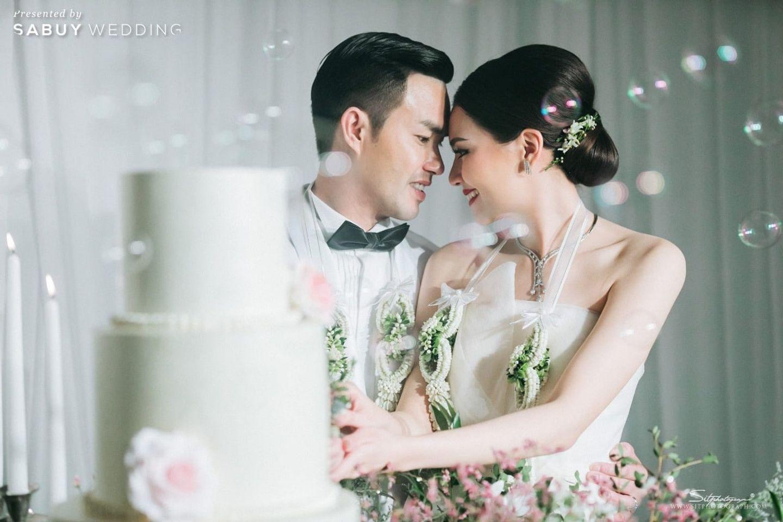 บ่าวสาว,พิธีแต่งงาน,ตัดเค้กงานแต่ง,รูปงานแต่ง รีวิวงานแต่งแห่งปีของอยุธยา หรูหราด้วยโทนสี Rose Gold @Krungsri River Hotel