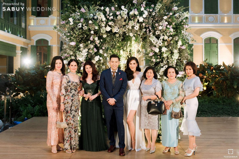 บ่าวสาว,ชุดเจ้าบ่าว,ครอบครัวบ่าวสาว,จัดดอกไม้งานแต่ง รีวิวงานแต่ง Long Table สไตล์ฝรั่ง ในสถานที่สุดคลาสสิก @The House on Sathorn
