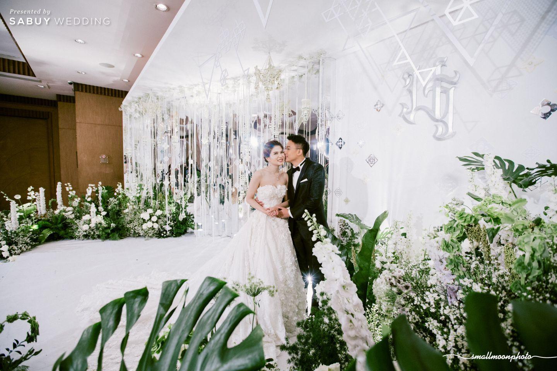 บ่าวสาว,ชุดบ่าวสาว,จัดดอกไม้งานแต่ง,ตกแต่งงานแต่ง,backdrop งานแต่ง,ชุดเจ้าสาว รีวิวงานแต่งเสน่ห์ความเป็นไทย ในงานเลี้ยงฉลองเย็น @Plaza Athénée Bangkok