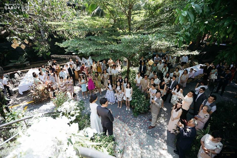 undefined รีวิวงานแต่งโรแมนติกมินิมอล อบอุ่นความหวาน ท่ามกลางร่มไม้ในสวน @The Gardens of Dinsor Palace