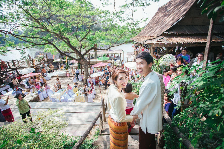 งานแต่งงาน,ชุดบ่าวสาว,สถานที่จัดงานแต่งงาน,สถานที่แต่งงาน,ริมน้ำ,พิธีแต่งงานแบบไทย รีวิวงานแต่งธีมผ้าฝ้ายสบายๆ สไตล์ล้านนา @หอวัฒนธรรมพื้นบ้านไท-ยวน สระบุรี