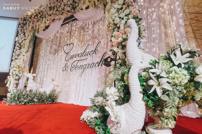 backdrop งานแต่ง,จัดดอกไม้งานแต่ง,ตกแต่งงานแต่ง รีวิวงานแต่งงานในฝัน สวยจบ ครบทุกฟีลใน 1 ฟลอร์ @The Landmark Bangkok
