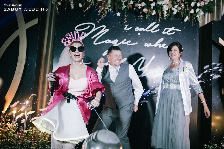 อาฟเตอร์ปาร์ตี้,ธีมงานแต่ง,backdrop งานแต่ง,จัดดอกไม้งานแต่ง รีวิวงานแต่ง After party ธีมชุดคลุมอาบน้ำสุดจี๊ด ซี๊ดจนสายย่อต้องยอมสยบ @Novotel Ploenchit Sukhumvit