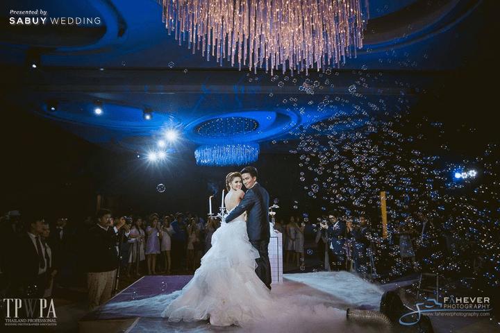 Fahever Photography,CDC Crystal Grand Ballroom,สถานที่แต่งงาน,สถานที่จัดงานแต่งงาน,สถานที่แต่งงานขนาดใหญ่,งานแต่งงาน,งานเลี้ยง,เจ้าบ่าว,เจ้าสาว,พิธีแต่งงาน CDC Crystal Grand Ballroom ห้องจัดเลี้ยงแชนเดอเลียร์สวยแกรนด์ ถ่ายรูปงานแต่งมุมไหนก็ปัง!