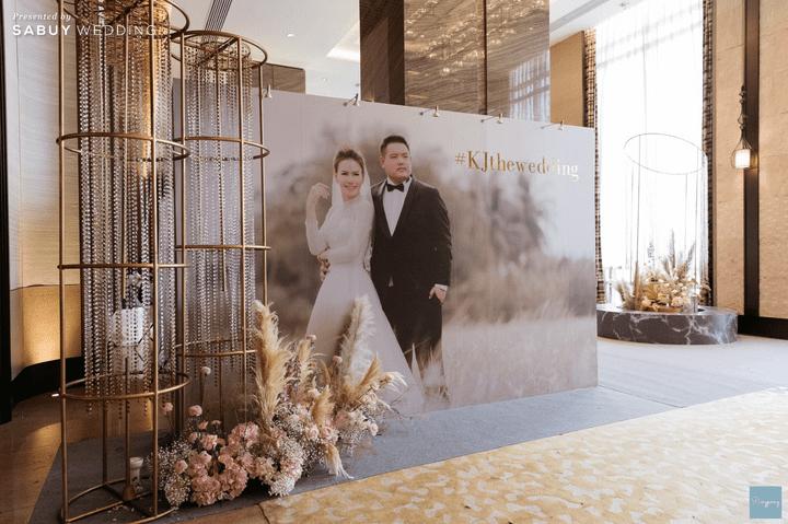 backdrop,Conrad Bangkok,สถานที่แต่งงาน, รีวิวงานแต่งสวยปังดูดี ด้วยโทนสีและจอ LED สุดอลัง @ Conrad Bangkok