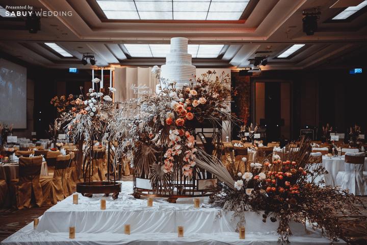 เค้กแต่งงาน รีวิวงานแต่งโทนสีแชมเปญ สวยเรียบหรู ดูโมเดิร์น @ Sofitel Bangkok Sukhumvit