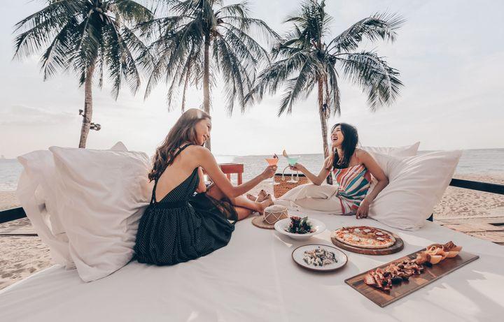 พักผ่อนเหนือระดับท่ามกลางทัศนียภาพมุมกว้างของทะเล @ Pullman Pattaya Hotel G
