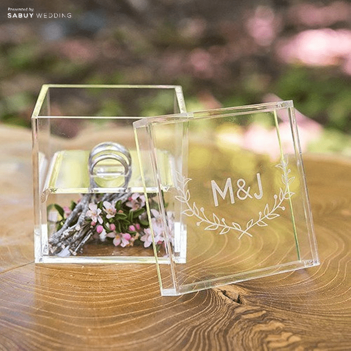 จัดงานแต่งสวยด้วย Acrylic ใส ไอเท็มเด็ดสำหรับบ่าวสาวสายโมเดิร์น!!