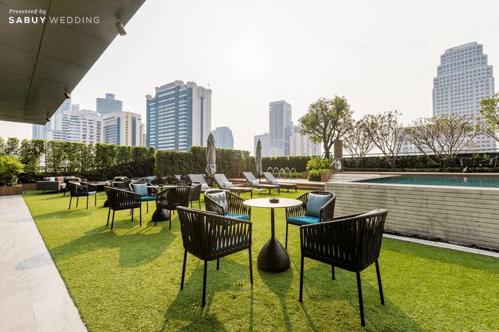 Carlton Hotel Bangkok Sukhumvit,สถานที่แต่งงาน,สถานที่จัดงานแต่งงาน,โรงแรม,งานแต่งในสวน,งานแต่งริมสระ,งานแต่ง Outdoor Carlton Hotel Bangkok Sukhumvit สถานที่แต่งงานยืนหนึ่งเรื่องแชนเดอเลียร์สุดล้ำ อาหารจีนรสเลิศ!