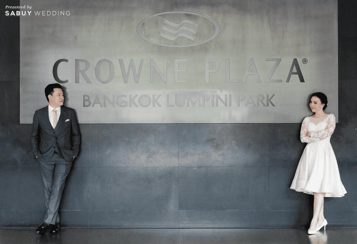 เจ้าบ่าว,เจ้าสาว,ชุดแต่งงาน รีวิวงานแต่งสวยหวานกับโทนสีครีม ทอง น้ำตาล สุดอบอุ่น @ Crowne Plaza Bangkok Lumpini Park