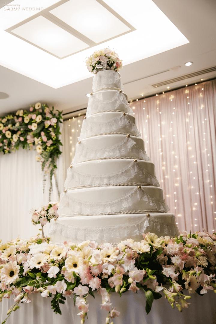 เค้กแต่งงาน รีวิวงานแต่งสวยหวานกับโทนสีครีม ทอง น้ำตาล สุดอบอุ่น @ Crowne Plaza Bangkok Lumpini Park