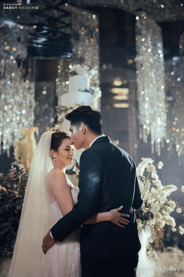 เค้กแต่งงาน รีวิวงานแต่งสวยโรแมนติกกับกิมมิคห้องวิวทะเล @ Hilton Pattaya