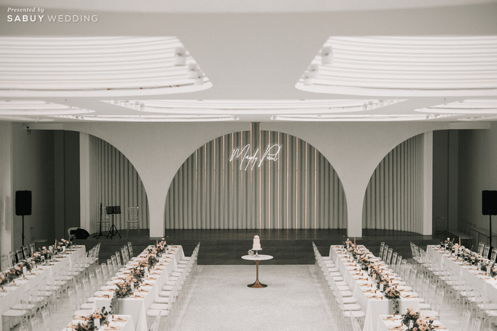 AUBE,สถานที่จัดงานแต่งงาน รีวิวงานแต่งชมพูเทาสวยดูดี พร้อมวิธีเอนเตอร์เทนแขก @ AUBE