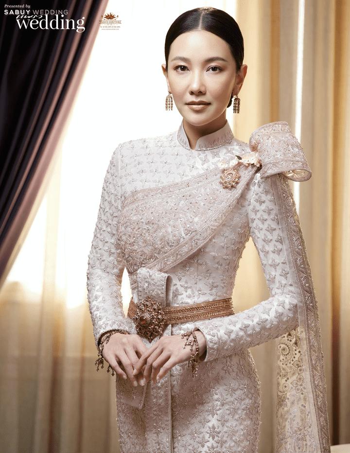 ชุดไทยสวยสง่า ผ้าไหมระดับพรีเมียม 'ยกลำพูน ปักธงชัย และพาราณสี' จากห้องเสื้อวนัชกูตูร์