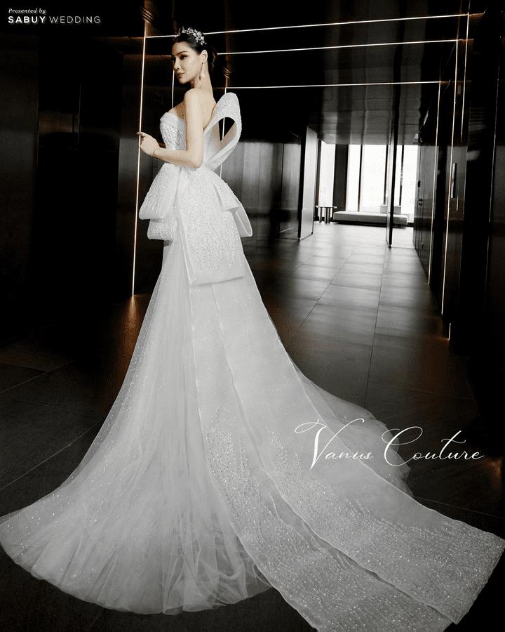 โปรแรงห้ามพลาด! เช่าชุดแถมแหวนเพชรและเครื่องประดับ เฉพาะงาน Wedding Fair 2021 By Vanus Couture เท่านั้น