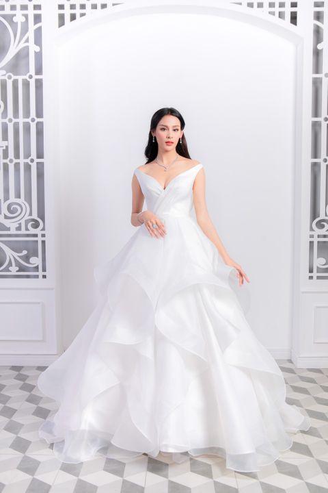 Smile in love Wedding Dresses